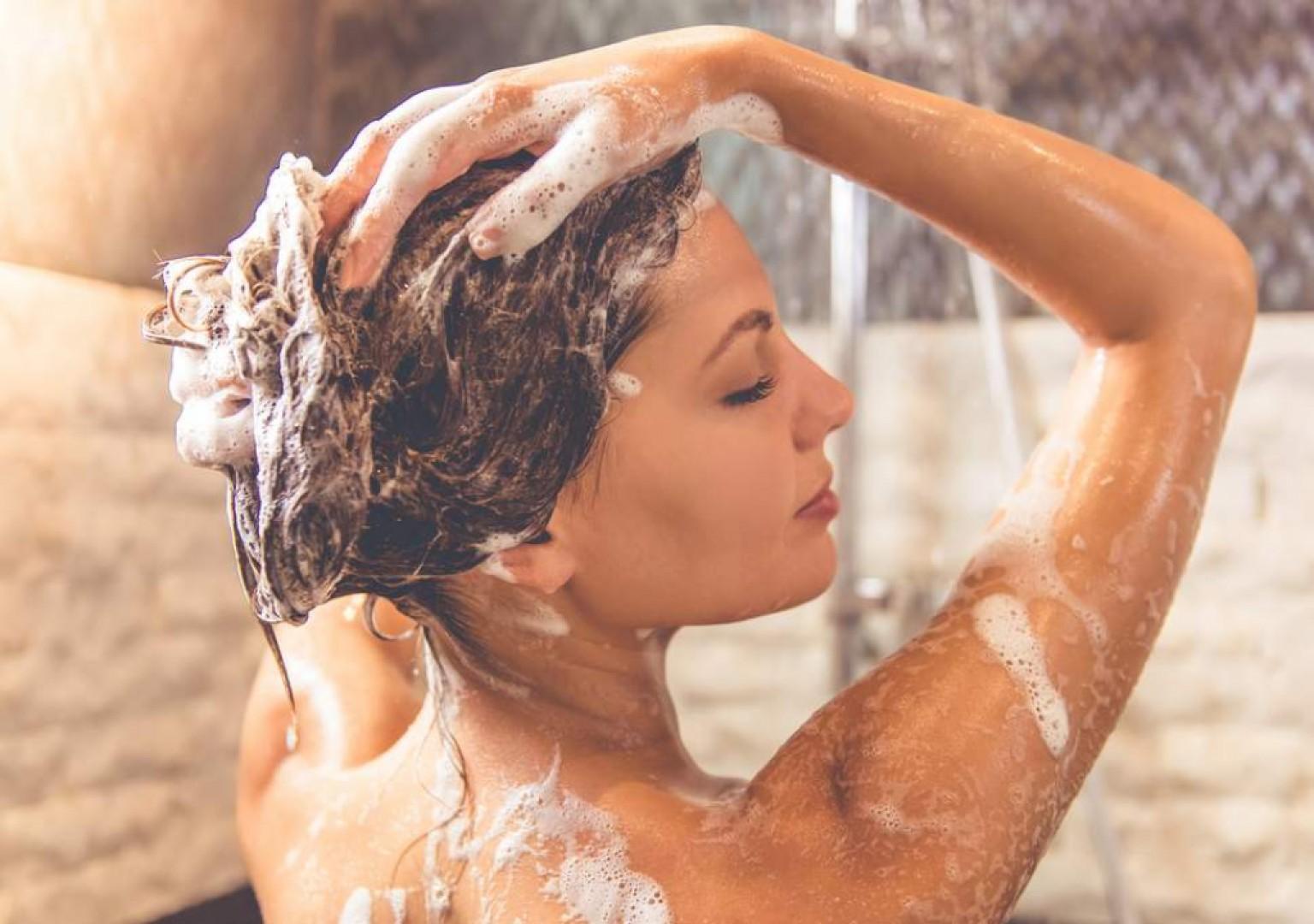 Ako si správne umývať vlasy